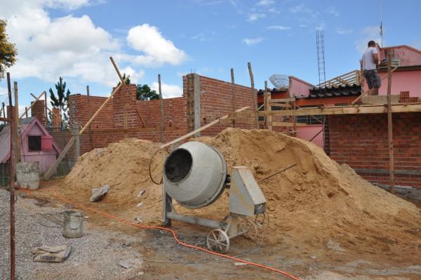 Construção e varejo brilham em dia de recuperação na Bovespa.