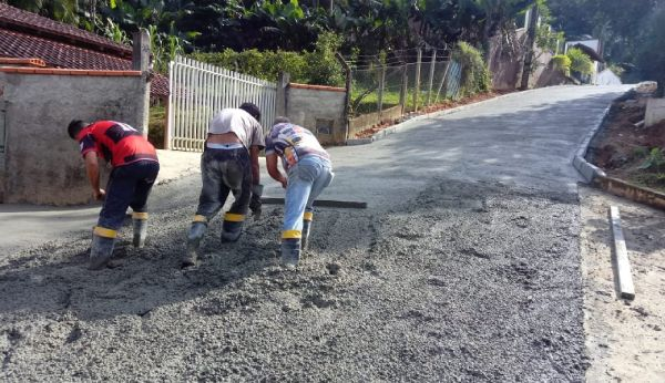 Pavimento de concreto - Atrai Aditivos para concreto e aditivos para argamassa
