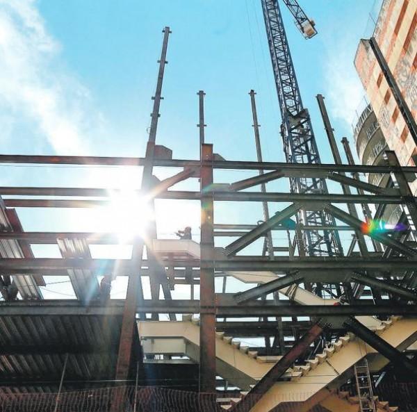 Construção comemora novos rumos - Caixa Econômica Federal