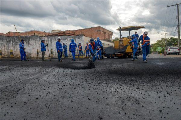 Frente de obras movimentam a economia local e estimular a criação de empregos diretos e indiretos na cidade