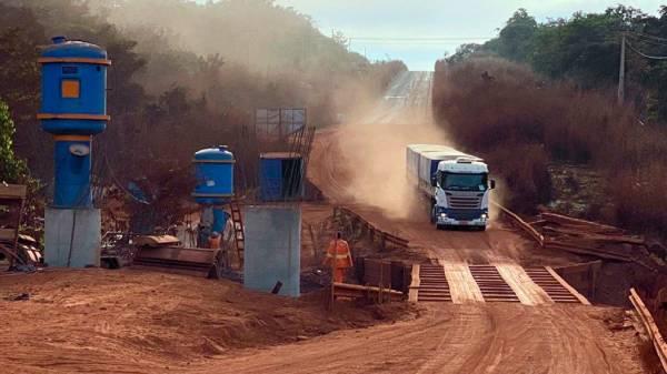 Construção de 10 pontes no rio Araguaia