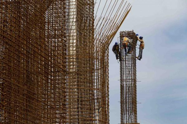 Barragem do Miringuava em construção
