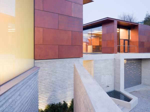 Residencia e Galeria Daeyang / Steven Holl Architects